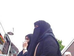Wolter's Hijab Bitch 002A