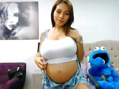 niley hott webcam busty preggo boobs nipple perfect erect latina