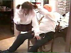 amateur oude jonge spanking