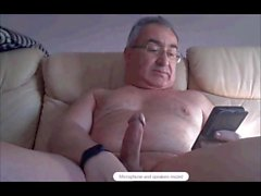 spanish grandpa wanking hard