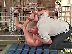 гей садо-мазо оральный зияющими