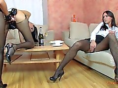 amanda monroe erwachsenen - spielzeuge 3some girl- on-girl hintern -fick