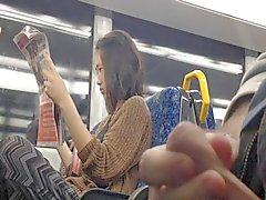 asiático parpadea masturbación desnudez pública