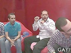 boquetes gay dos homossexual alegre grupo de sexo homossexual
