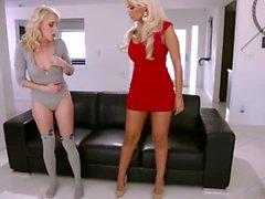 lesbo suuseksiä blondi isot tissit pornotähti