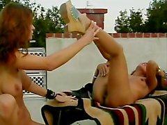 lesbienne girlongirl rasé pussy- manger
