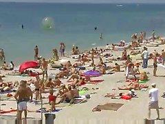 praia nudez em público adolescentes