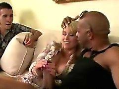 большие члены блондинка минет рогоносец