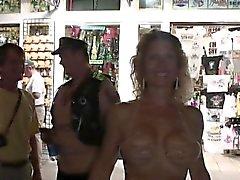 amateur gros seins hd public