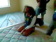 amateur zwart en ebony gangbang