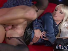 Fantastic blondes get rammed in a threesome