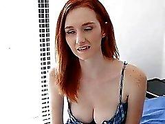 étonnantes cruches étudiante gros seins chez les étudiantes gros seins gros seins sucer ado