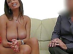amateur coulage gros seins