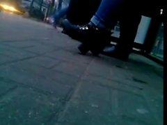 fétichisme des pieds cames cachées étudiante voyeur