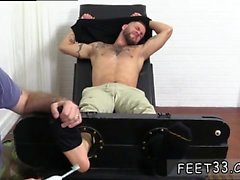 Feet fetish sex positions and gay men who cum while getting