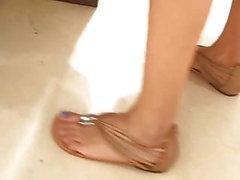 amateur fétichisme des pieds caméra cachée