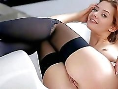 Teen beauty Anna Tatu sexy body close up
