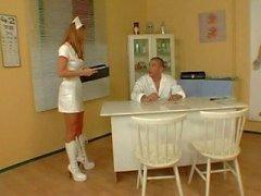 julia taylor ass -fuck red - chef infirmière uniforme