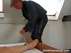 amateur bdsm brunette fetisch slavernij