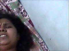 peitos grandes piscando engraçado indiano amadurece
