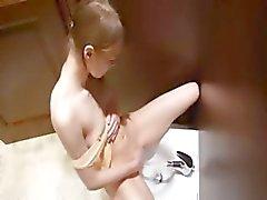 bebê dedilhado masturbação bichano