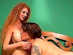 büyük göğüsler esmer hardcore lezbiyen redhead
