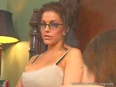 brunette godemiché lesbienne étudiant