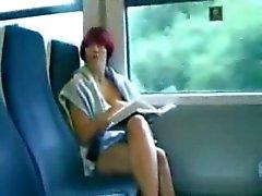 amador engraçado nudez em público