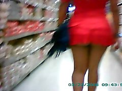 Esposa mini saia publico Mini skirt wife exhib in public-2