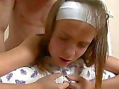 mamada acción perforación coño adolescente duro sexo oral