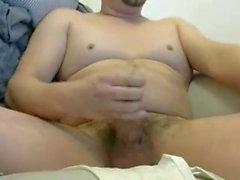 гей любительский мастурбирует