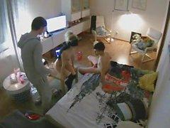 amatööri piilotettu kamerat tirkistelijä threesomes