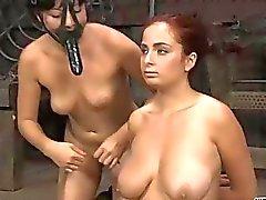 bdsm bdsm lezbiyen esaret zalim seks sahneleri egemenlik aşağılama
