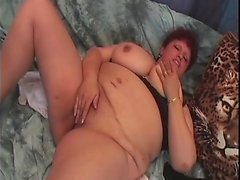 Fat ass granny fucked doggystyle