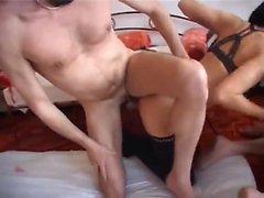 любительский большие сиськи бисексуал блондинка собачьи