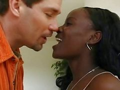 casal sexo oral sexo anal ébano interracial