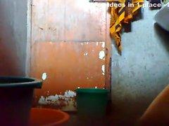 dilettante indiano maturo doccia