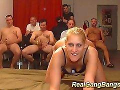 sarışın oral seks bukkake