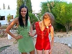 avsugning flicka utomhus ryska trekant
