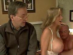 anaal grote borsten duits