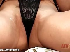 taylor sables atkgalleria néerlandais adulte jouets masturber strip teasing solo bébé naturel seins à proximité