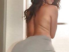 black topless hot girl twerking
