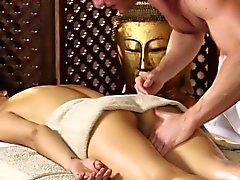 asiático bebê hd massagem