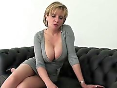 big boobs blondine briten europäisch