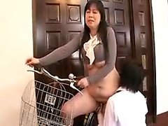 Elegant Asian mom with a superb ass and big boobs seduces a