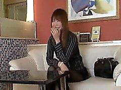 amador asiático peitos grandes japonês