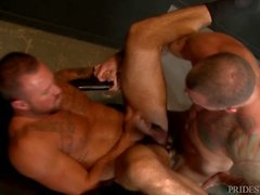 MenOver30 Sexy Muscle Hunk Friends Sean Duran & Michael Roman