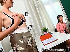 Simona and her sexy classmate are waiting in the classroom