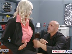 gros seins blond le sexe de bureau éjaculation milf