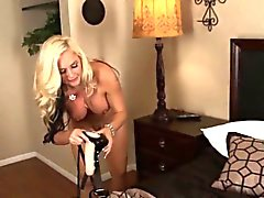 большие сиськи блондинка женское